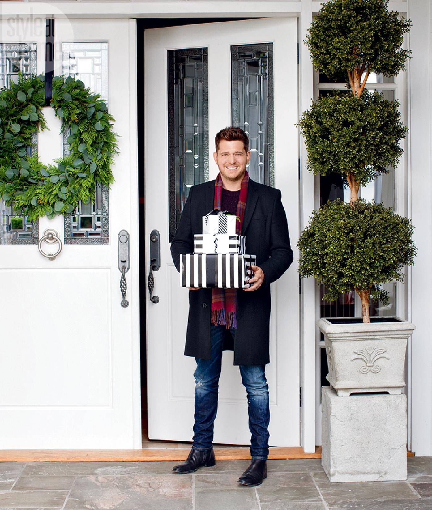 Swoon Worthy Christmas House Tour: Michael Buble Take Us Inside His Stylish Holiday Home