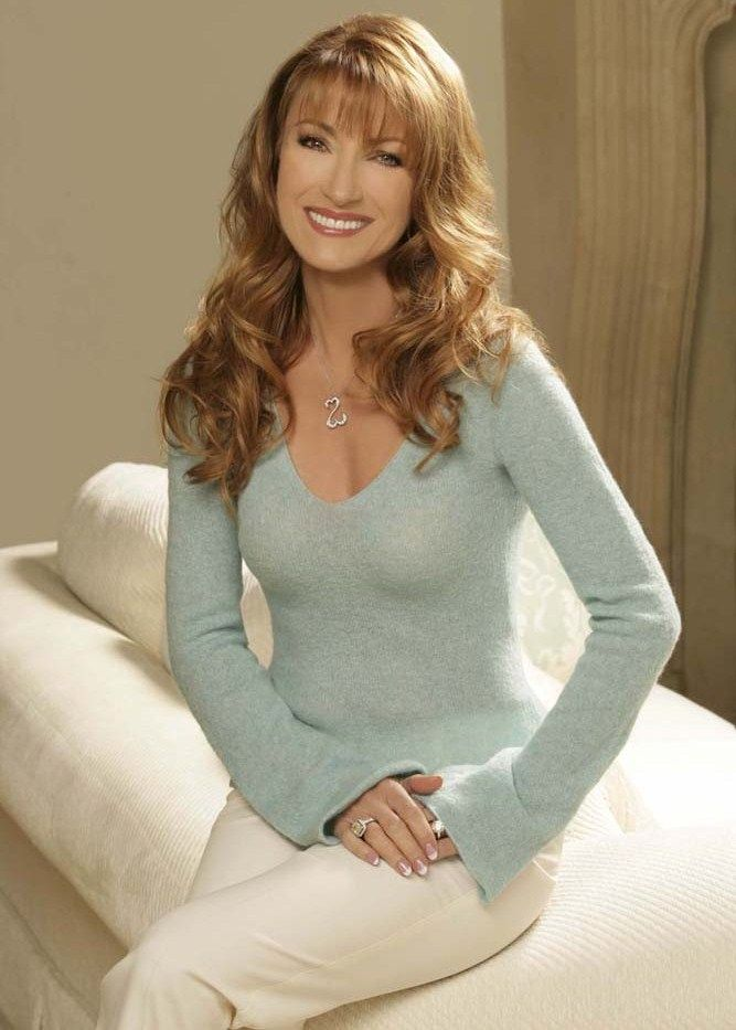 Jane Seymour. Proof that woman over 50 can and should have ...