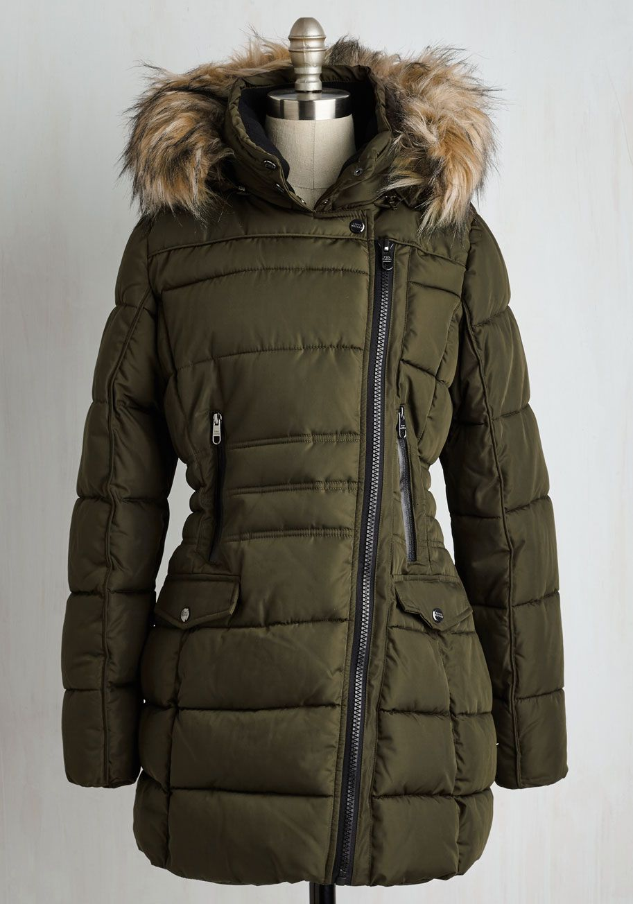 Fall Fashion Outfits In Plus Size Modcloth Parka Coat Raincoat Outfit Parka [ 1304 x 913 Pixel ]