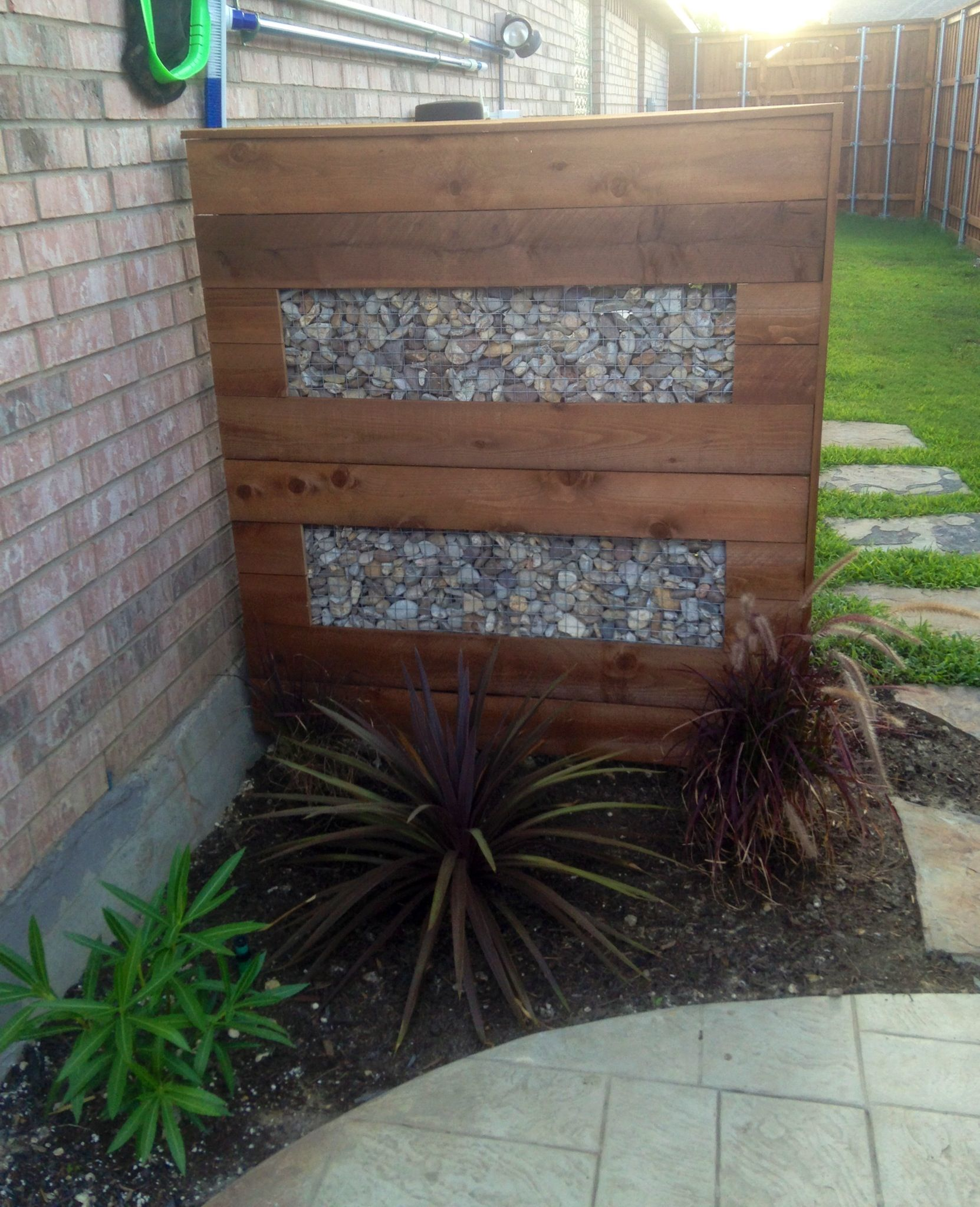 Decorative Wall To Hide The Pool Equipment Privacy Screen