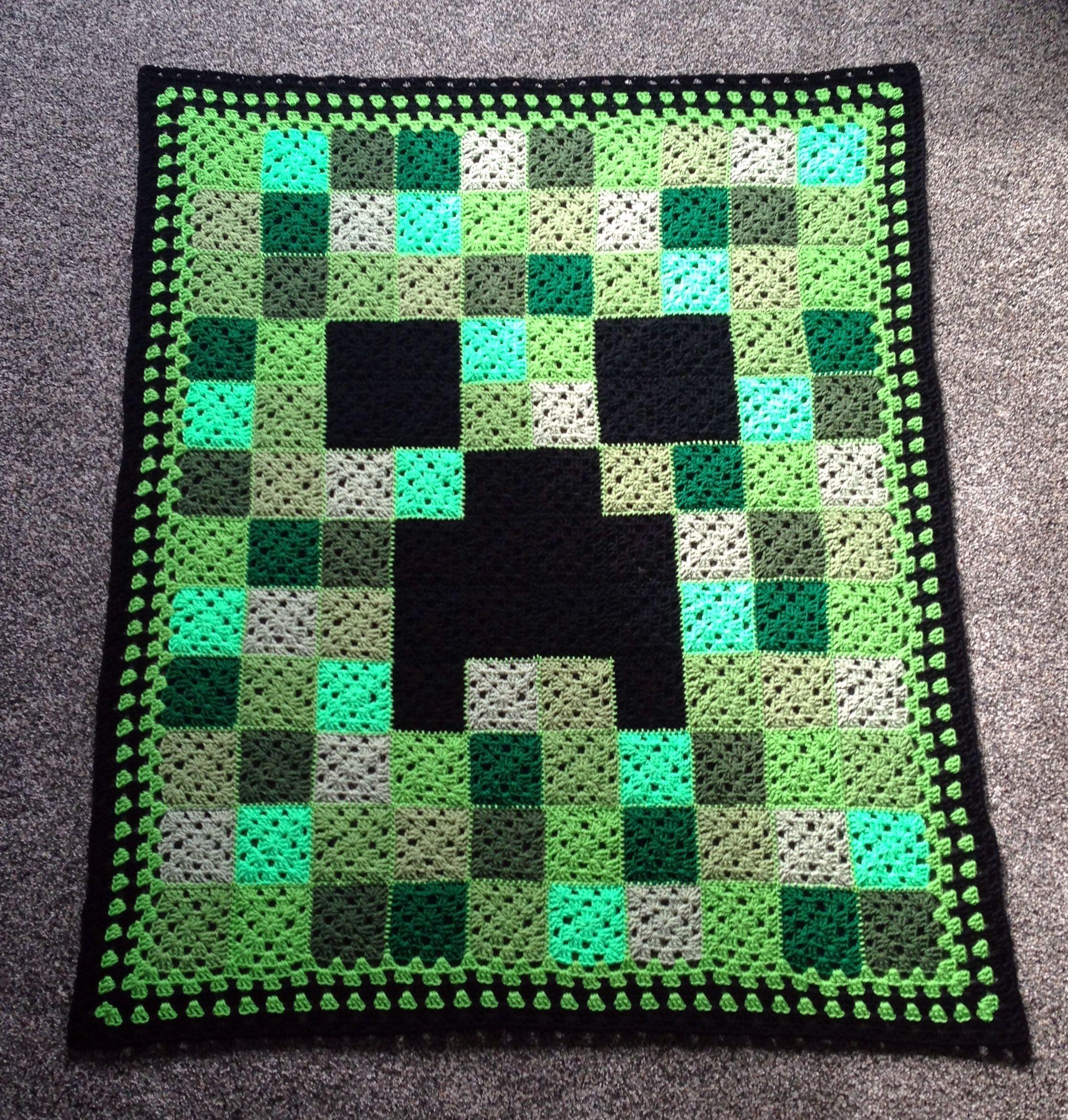 Crocheted Minecraft Creeper Afghan / Blanket for Byron | Crochet ...