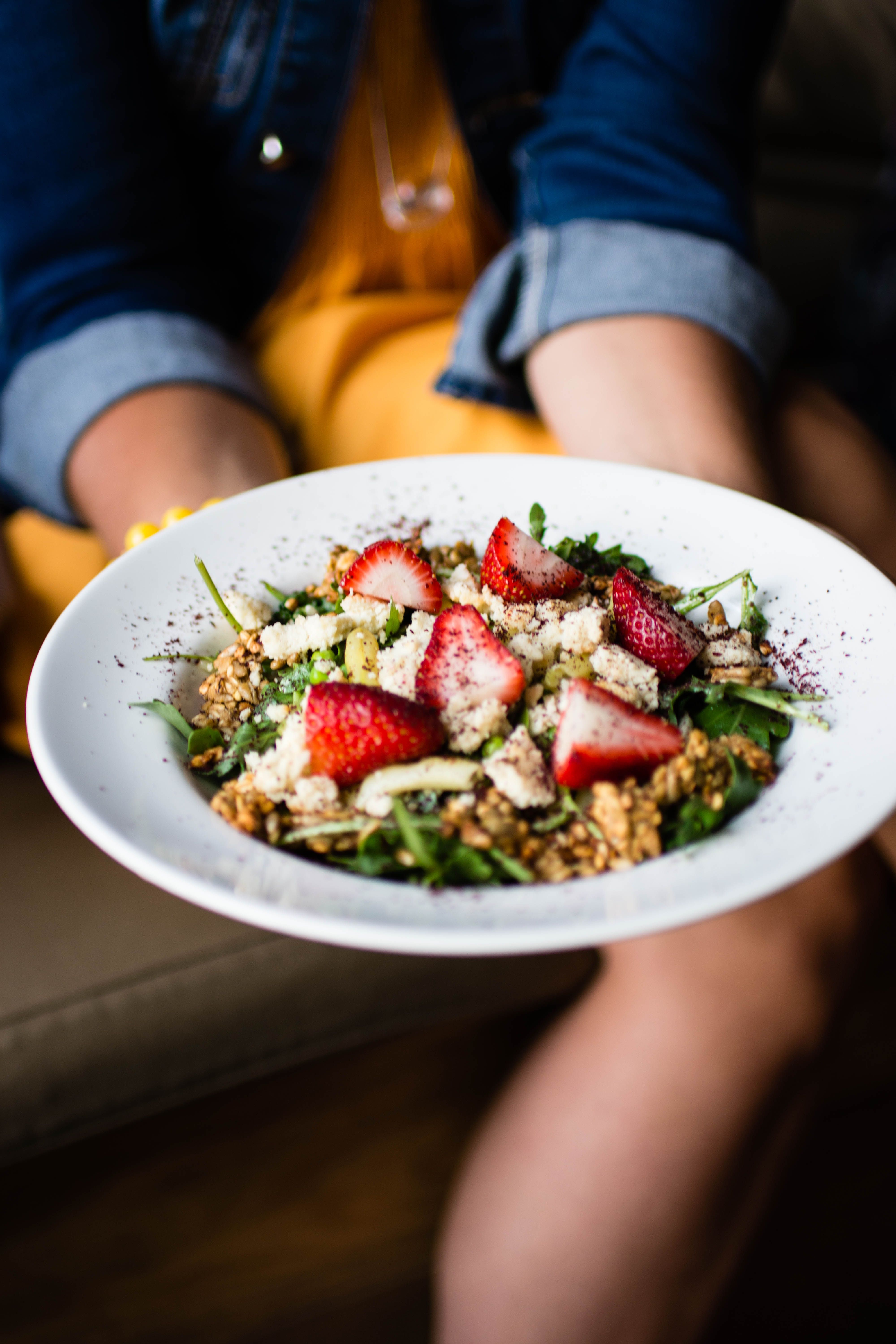 Beautiful salad story - food with friends; food photography by Marta Wasielewska