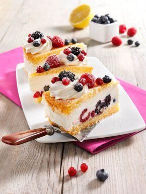 Joghurttorte Mit Beeren Rezept Joghurttorte Kuchen Und Torten Und Lebensmittel Essen
