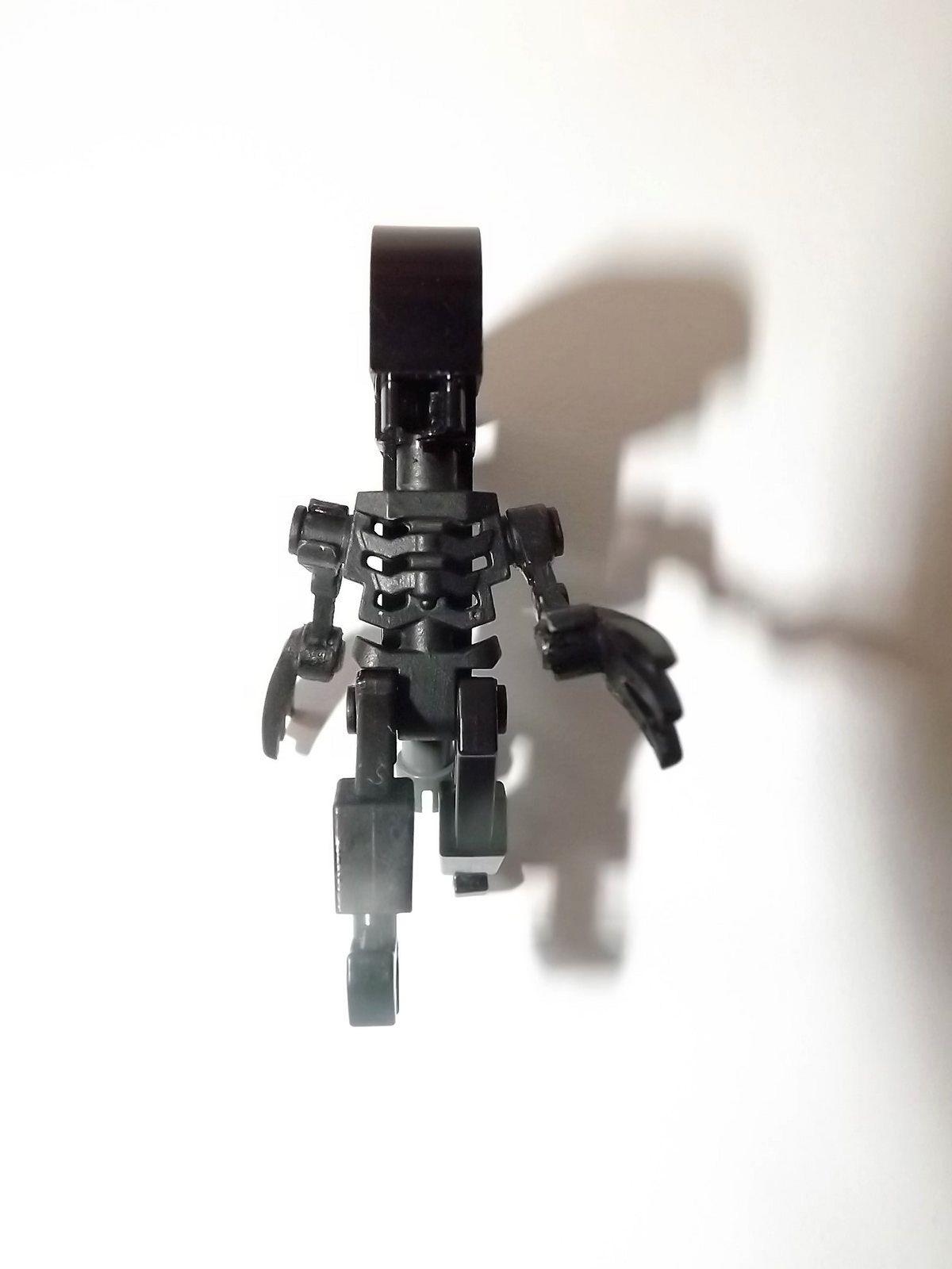https://flic.kr/p/TXYcKe | Lego Alien Xenomorph 05