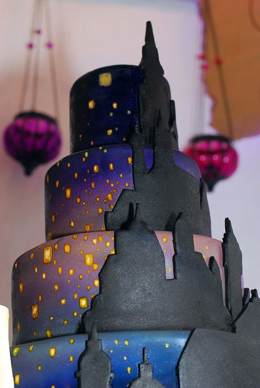 Tangled Wedding Cake -- not sure I'd want the colors for my wedding cake -- but the design is gorgeous!