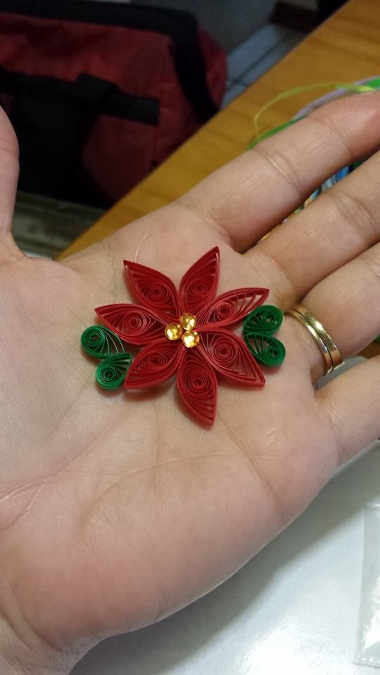 Lavoretti Di Natale Quilling.Paper Quilled Poinsettia Quilling Art Quilling Cards Quilling