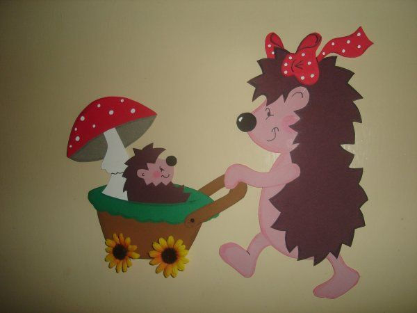Maman h risson en canson id es bricolages automne et for Decoration fenetre clown