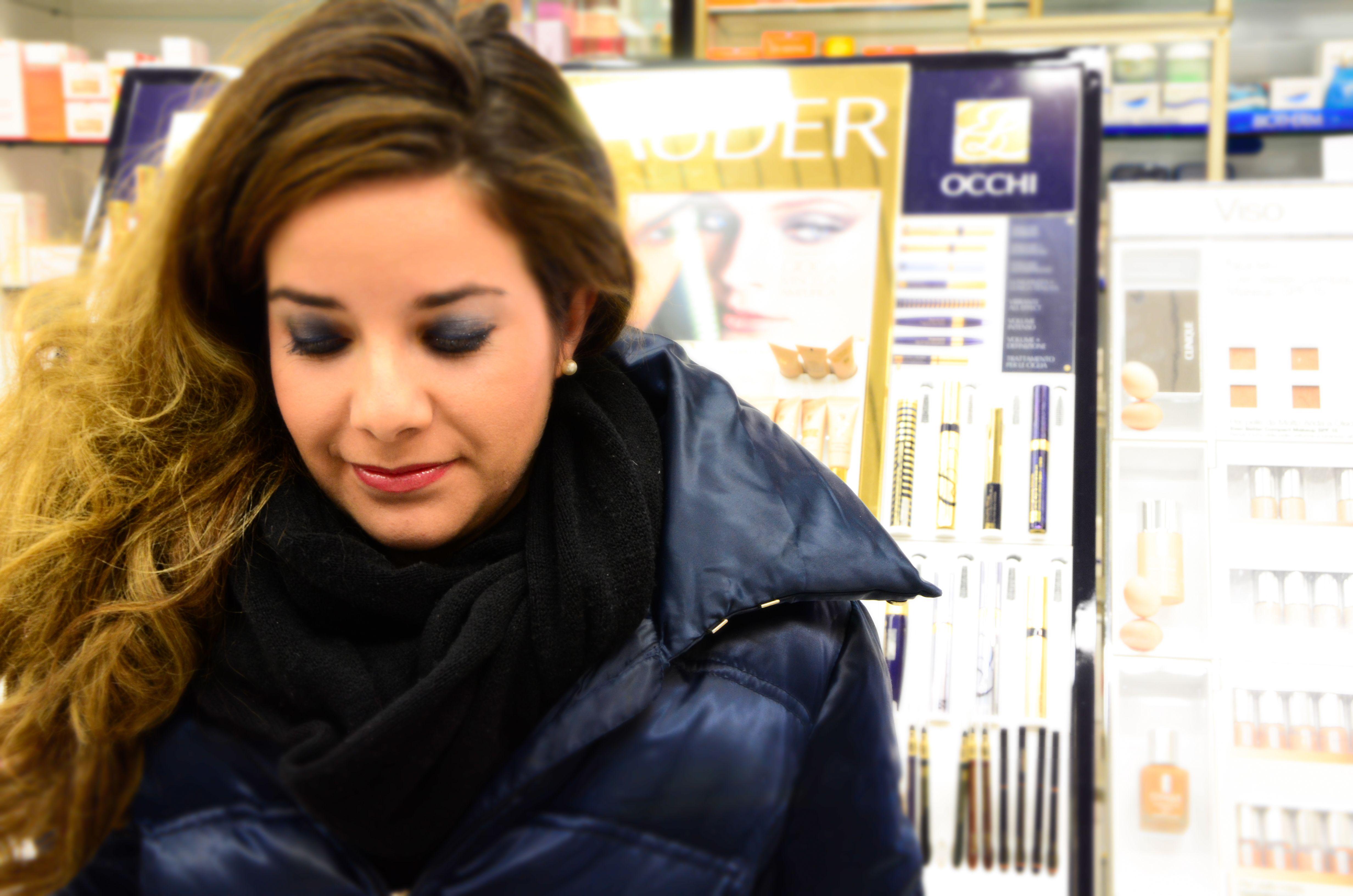Emily Grosso @ profumerie Rossi Torino - smokey blue eyes-