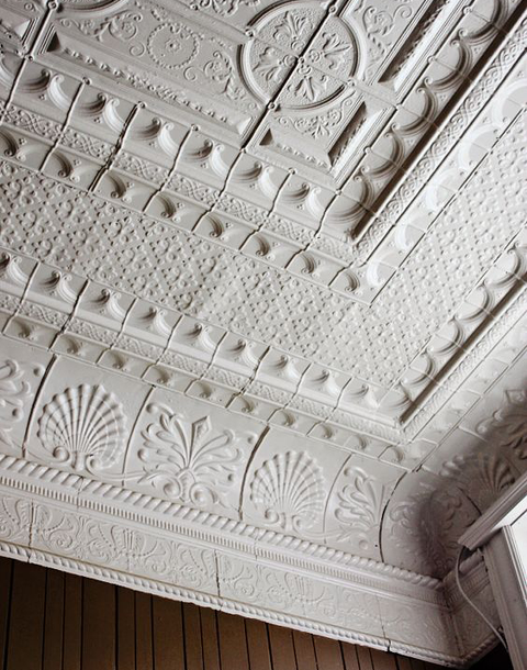 7 Charming Old House Details Making A Comeback Tin Ceiling Victorian Bedroom Decorative Ceiling Panels