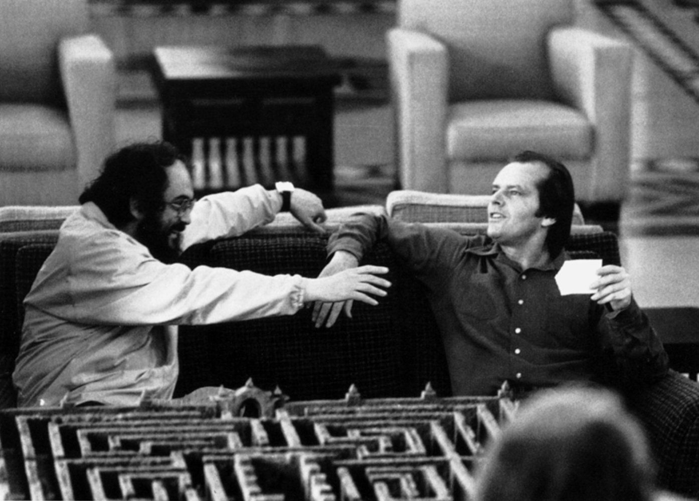 the shining photo gallery imdb movie stills bw stanley kubrick and jack nicholson in the shining