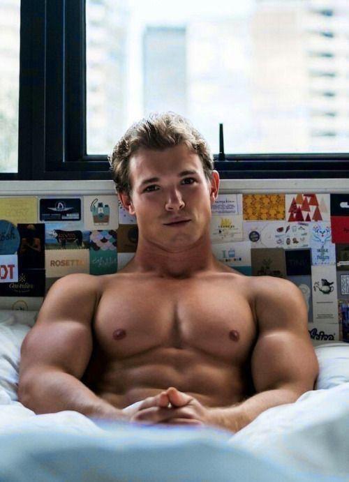 гея секс молодой человек