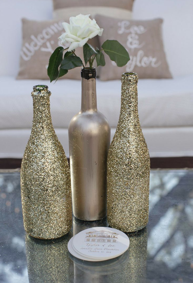 Decorative Wine Bottles Diy Pleasing 15 Ways To Decorate Your Wedding With Wine Bottles  Reuse Bottle Decorating Inspiration
