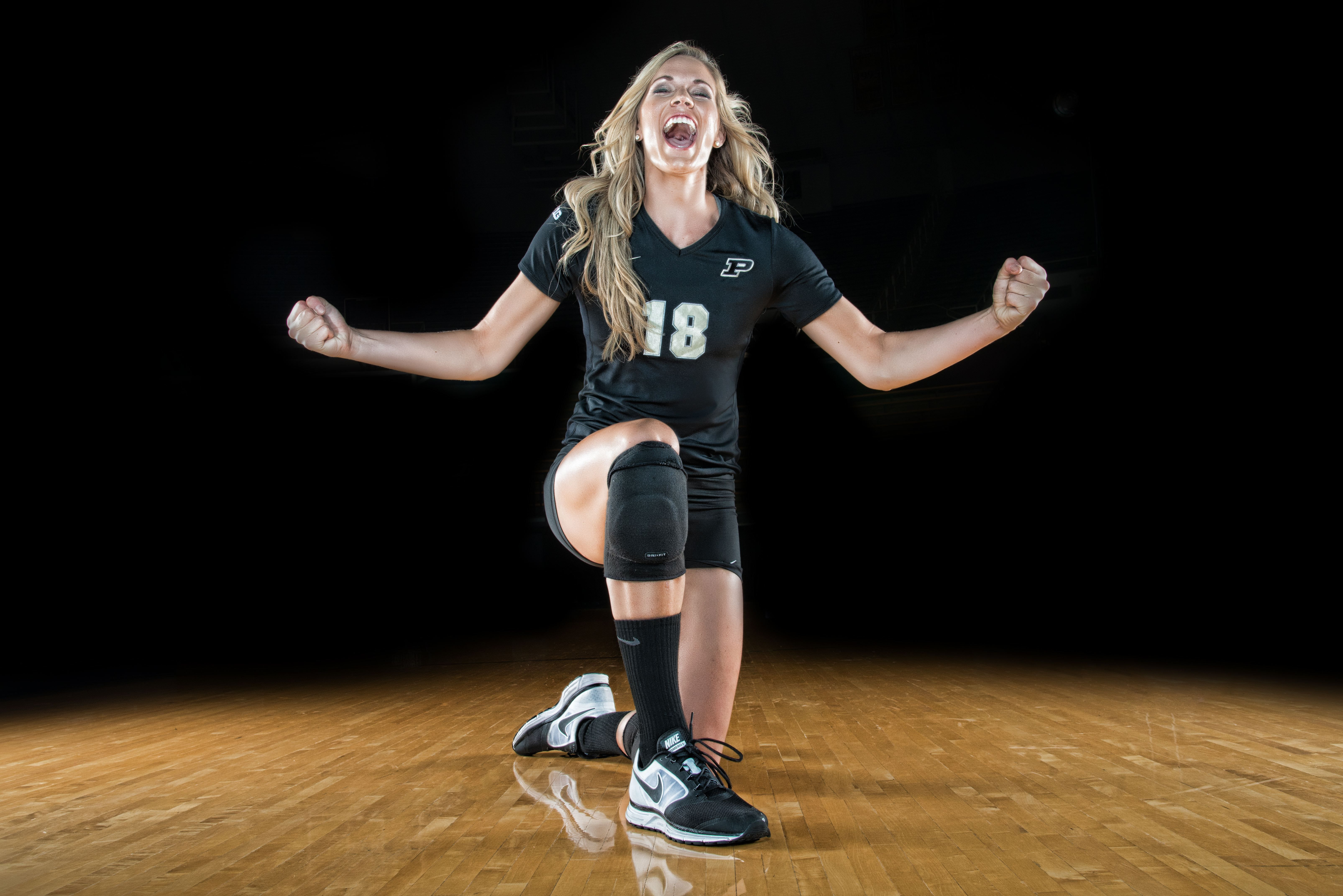 Purdue Athletics Volleyball Photo Shoot Behind The Scenes On Exposure Volleyball Photos Volleyball Photography Volleyball Team Pictures