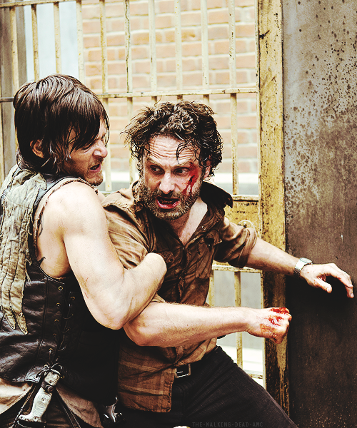"chandra75: ""What a way To start your day It's Rick and Daryl Hey, hey, hey!!! """