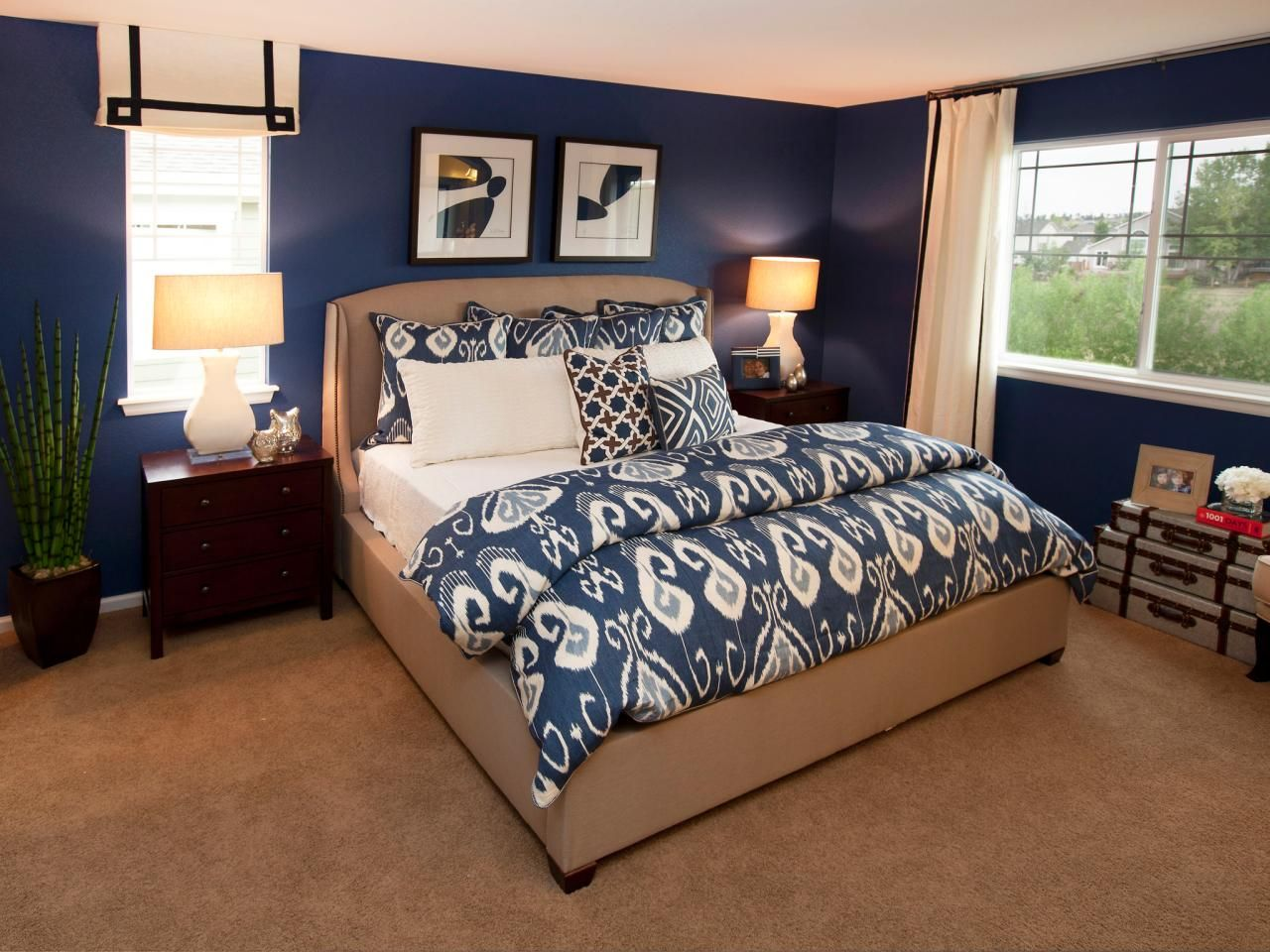 dark blue and taupe make for a pleasing and restful color