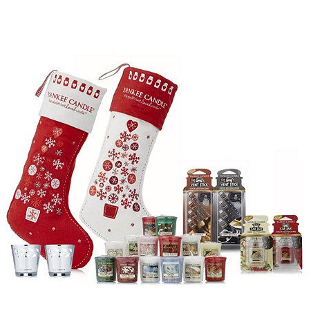 a6a8532b0f4 Yankee Candle 20 Assorted Stocking Fillers with 2 Christmas Stockings