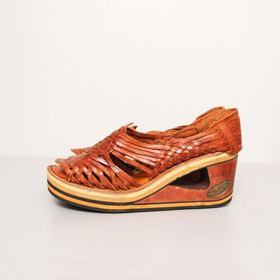 0fefe8897e73 1970s Wedge Heel Huarache Sandals - Brown Woven Leather Wooden Platforms -  Size 10 on Etsy