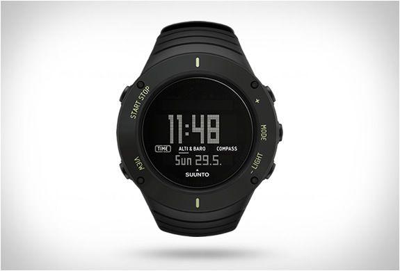 fcef0eab81f RELÓGIO SUUNTO CORE ULTIMATE BLACK O relógio Suunto Core