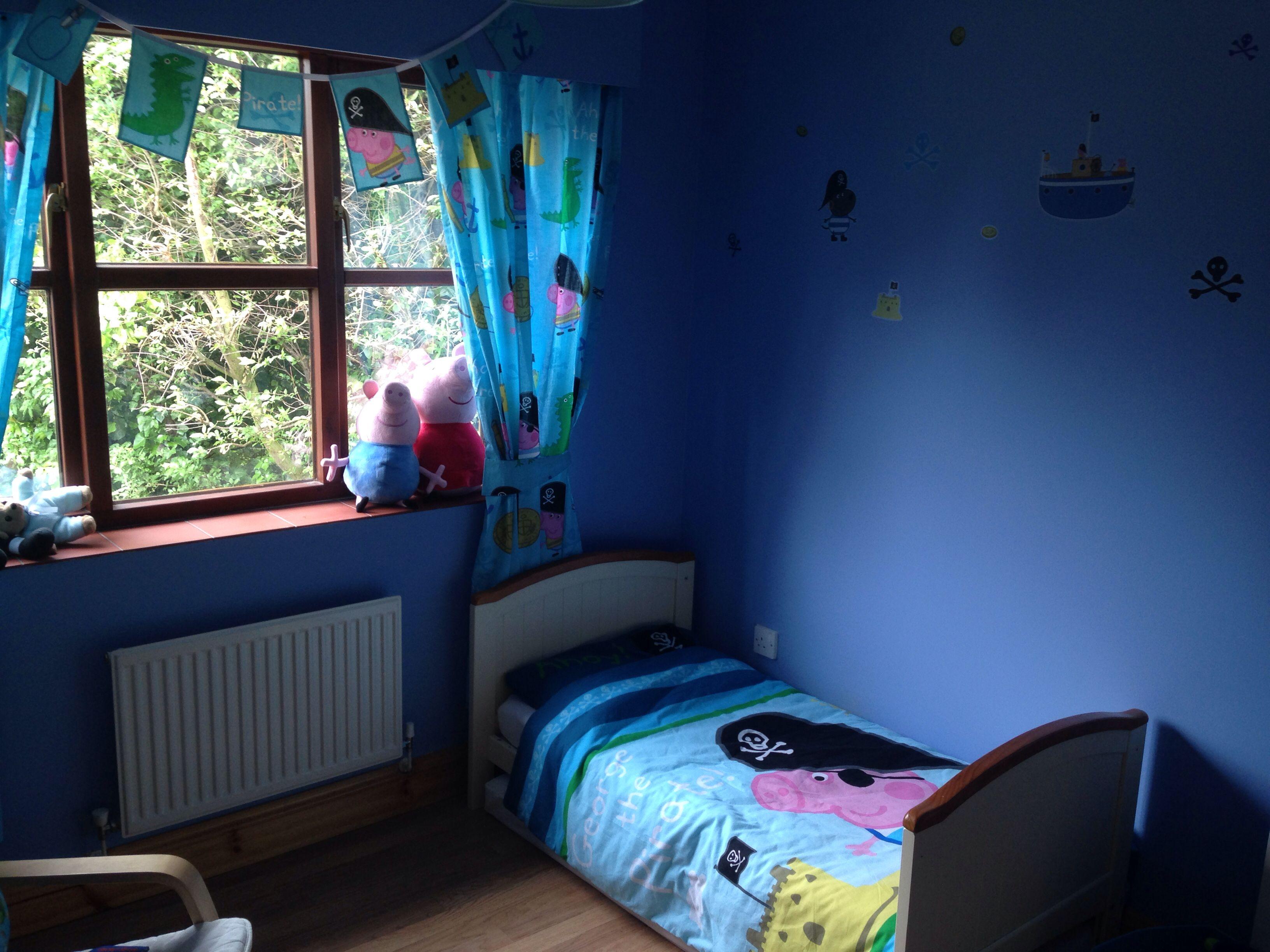 George Pig Pirate Bedroom Theme
