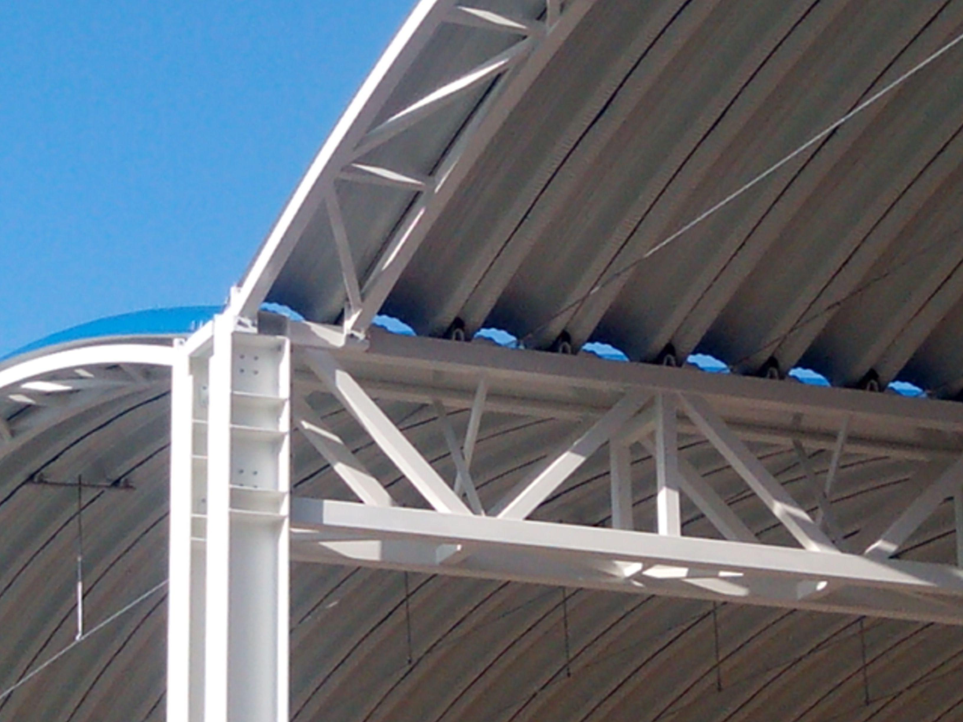 Detalle de sistema de tirantes entre j cenas en estructura met lica chapa pinterest - Estructura metalica cubierta ...