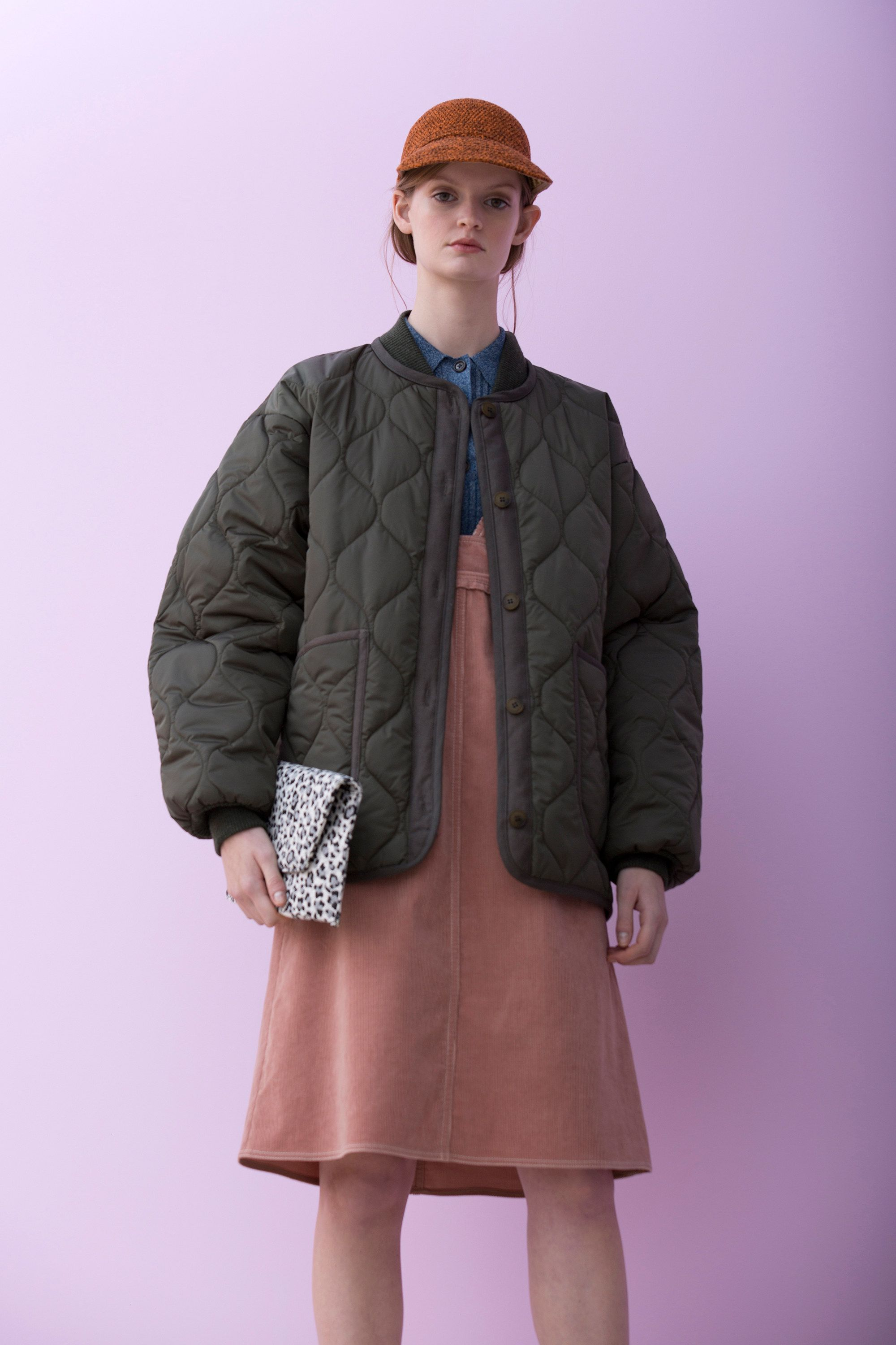 See the complete Christian Wijnants Pre-Fall 2016 collection.