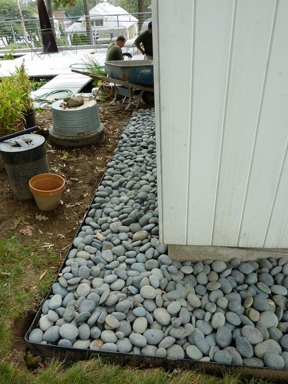 our beach pebble border ~ [THIS IS A GOOD ALTERNATIVE TO ...