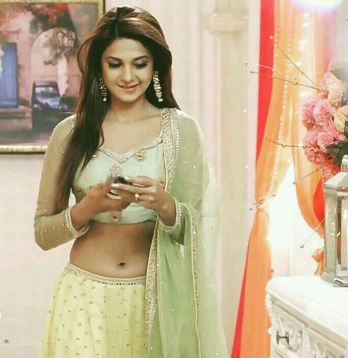 Hottest TV Babe Jennifer Winget Biography and Photos ~ Top