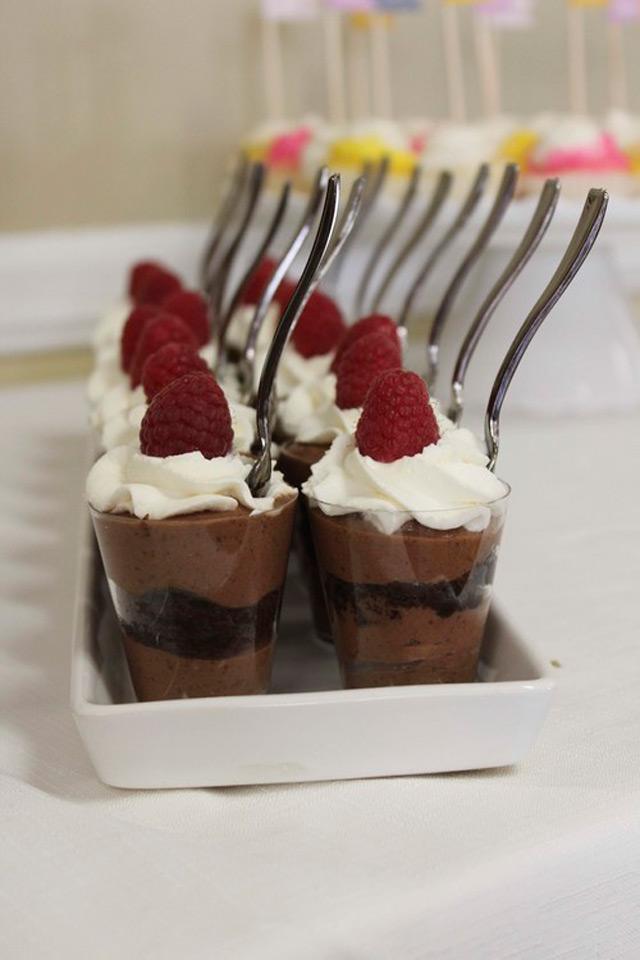 15 Delicious Shot Glass Wedding Dessert Ideas in 2020