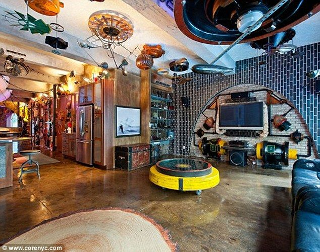 We all live in a New York submarine': Flat converted to