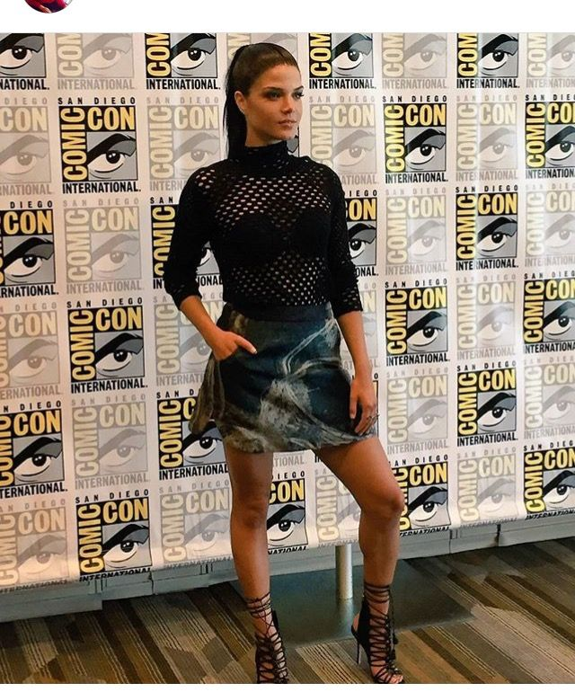 Pin By Faye Salmon On The 100 Marie Avgeropoulos Marie