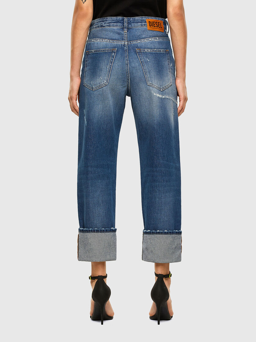 D Reggy 0097b Medium Blue Blue Jeans Medium Blue Mom Jeans