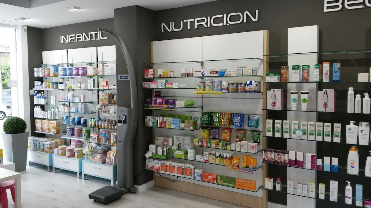 Expositores Farmacia Galicia Castrelos Stocklight Pharmacy