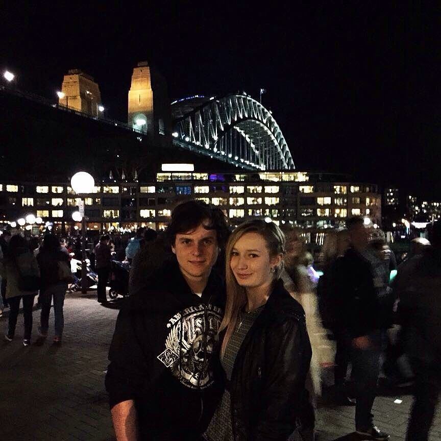 The real babe @niabeaar #sydneyharbour #sydneyoperahouse #sydneyharbourbridge #night #light by 54nity http://ift.tt/1NRMbNv