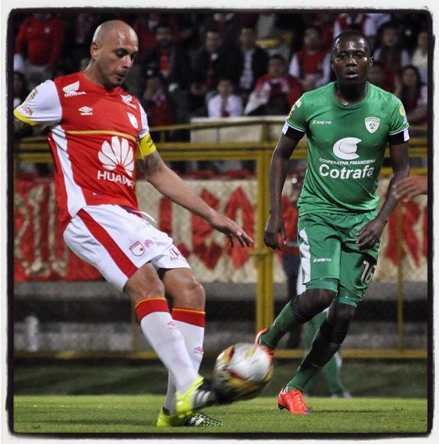 santafe_oficialFinal del primer tiempo en Techo, gana el León en #CopaAguila 1x0 gol @daironmosquito ¡ Vamos Santa Fe !