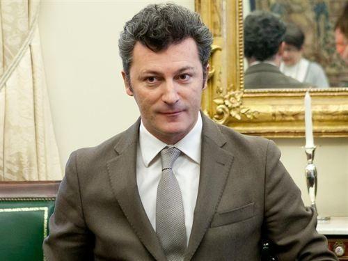 El juez imputa al exdiputado del PP Santiago Cervera