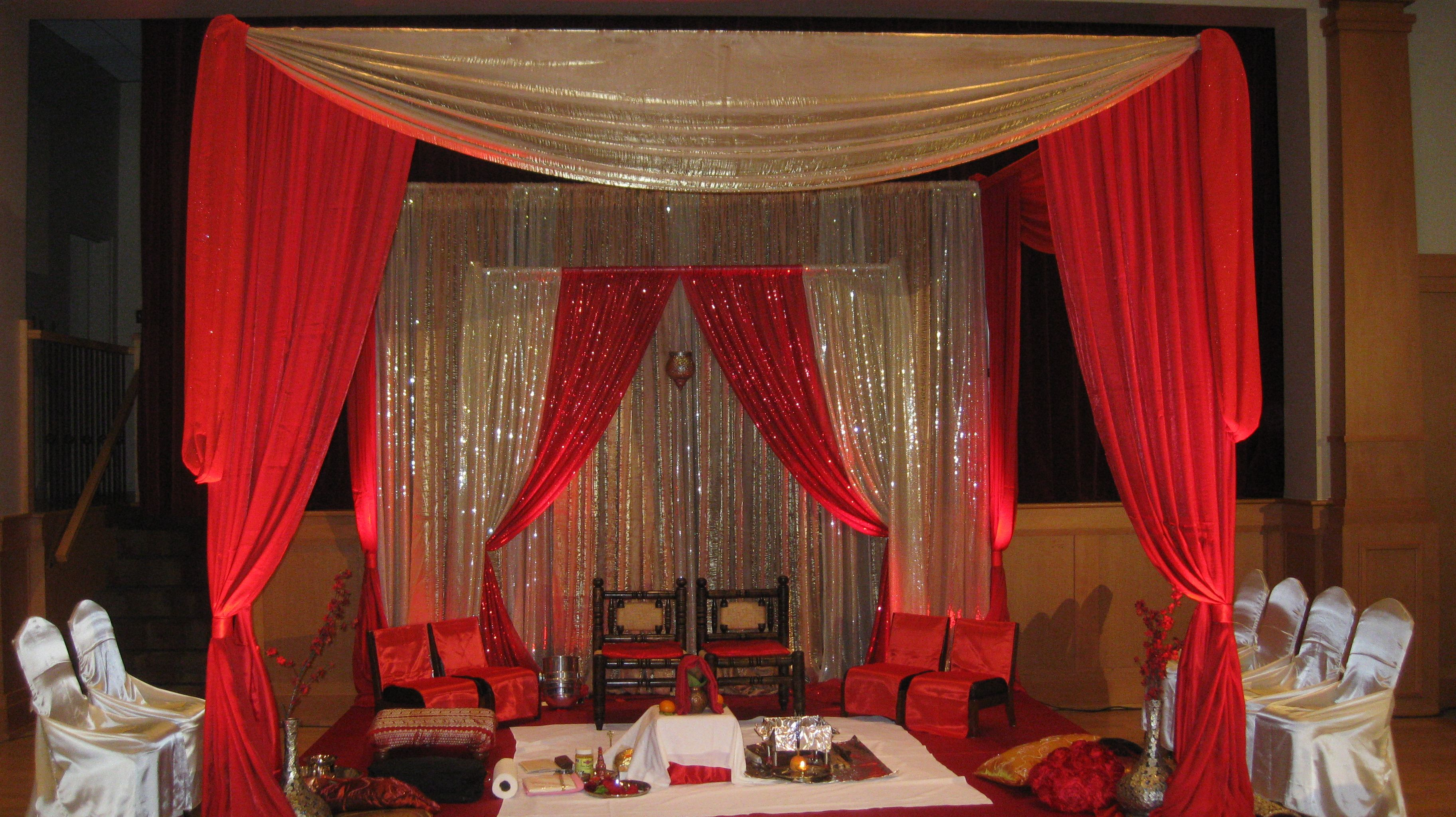 Traditional Colors Red Gold Maandap Wedding In Ottawa