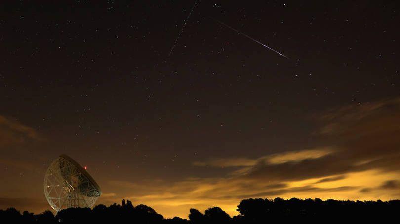 Imagem do Reino Unido durante a chuva de meteoros Perseidas