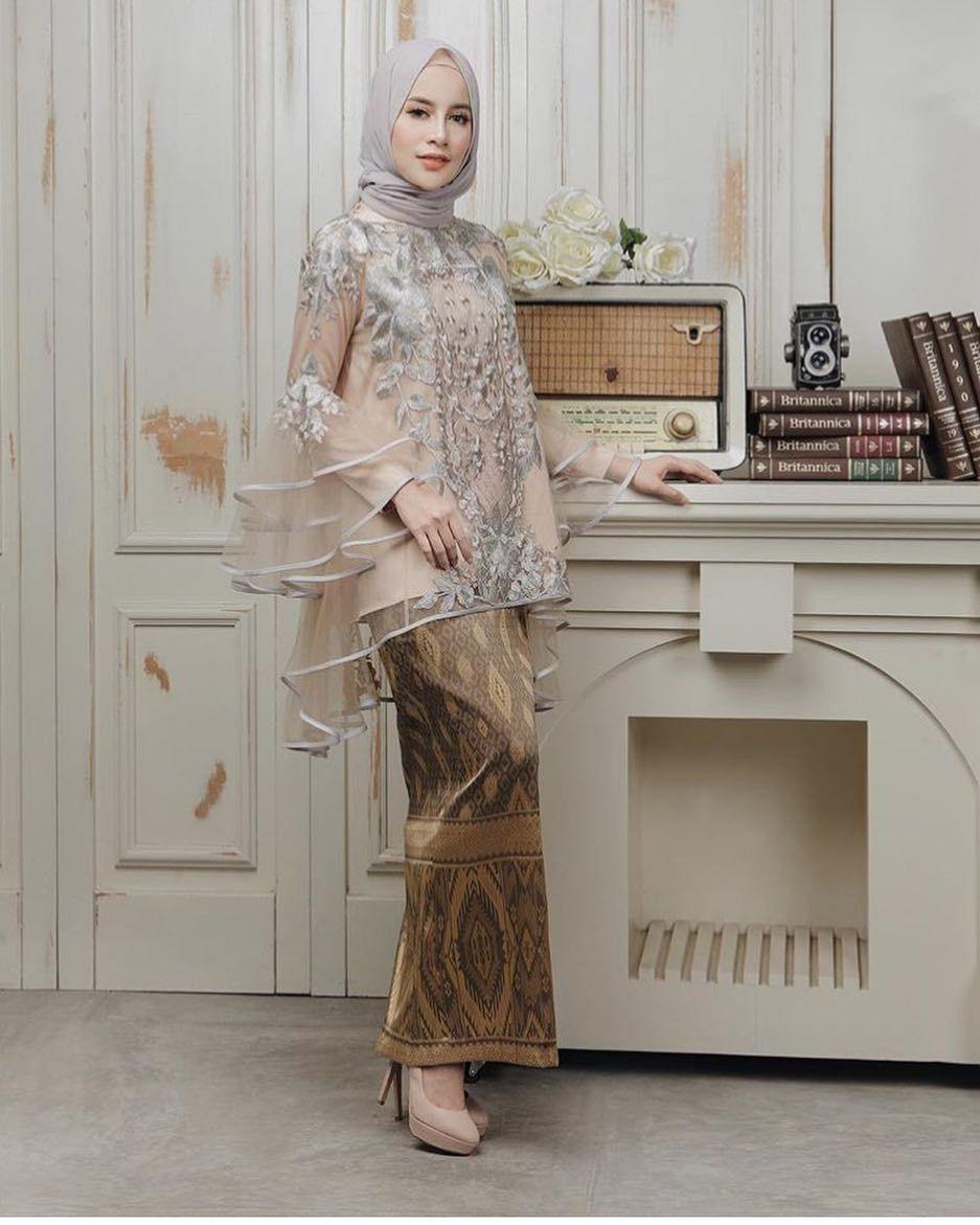 Model Kebaya Batik Modern Remaja 8 di 8  Model baju wanita