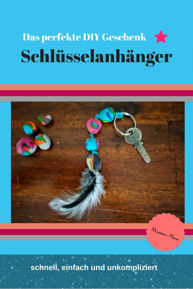 DIY Schlüsselanhänger - ein tolles Geschenk basteln | Pinterest ...