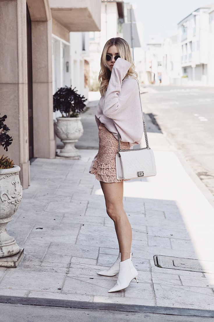 Skirt Outfit For October With Alexandre Birman White Ankle Boots 3 Photo By Theblondefiless Adrianaonline White Boots Casual Fall Outfits White Ankle Boots