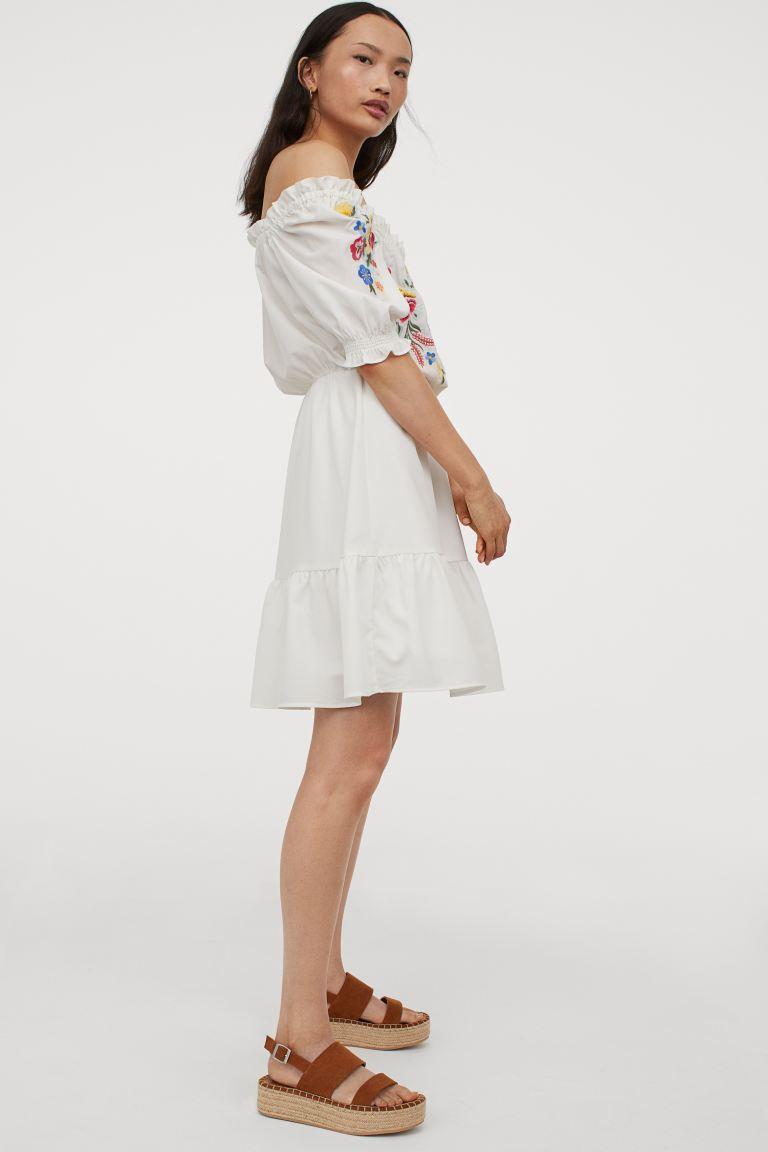 kleid mit stickerei - weiß/blumen - ladies | h&m de