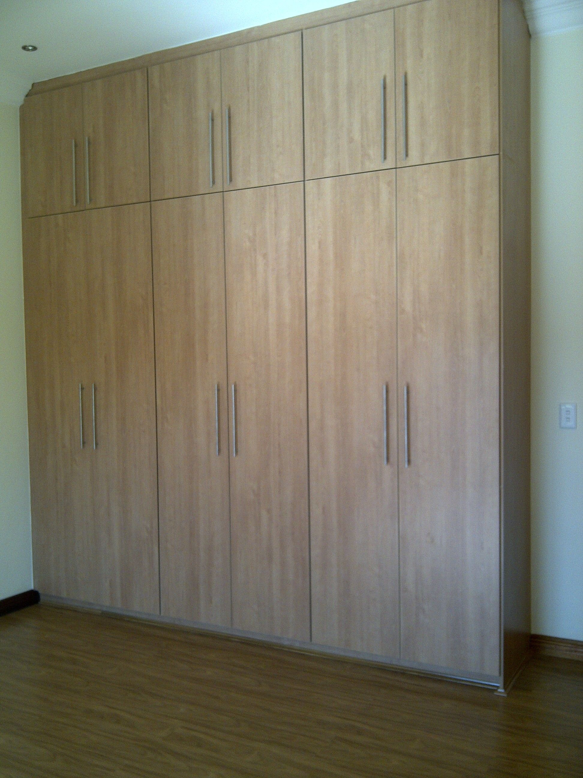 Best Double Volume Bedroom Cupboards Hardvard Cherry 640 x 480