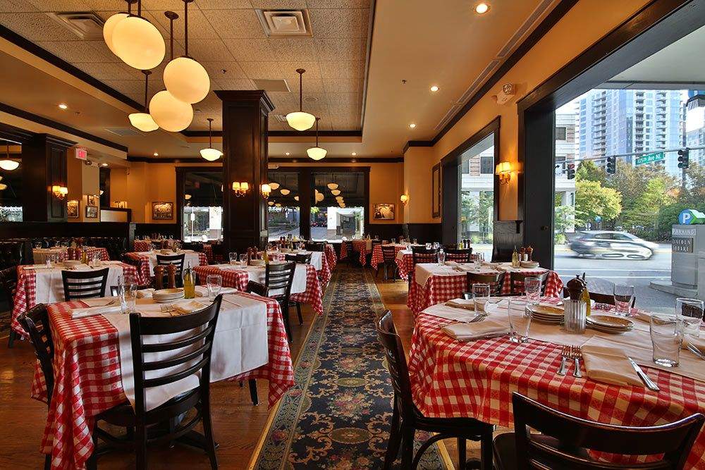 Maggiano S Little Italy Italian Restaurant Located In Lincoln Square Downtown Bellevue Wa