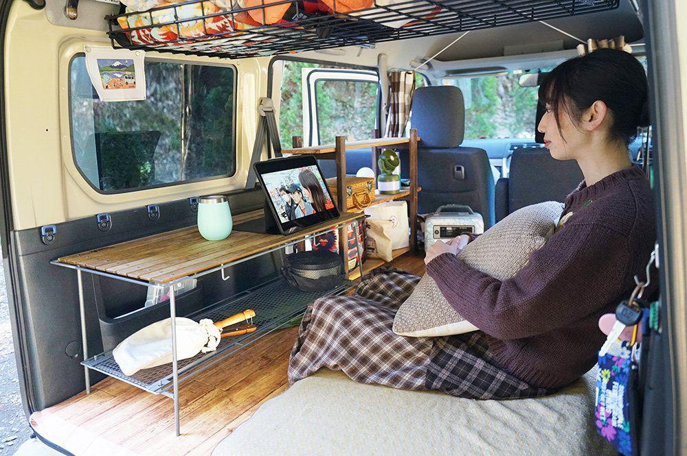 軽自動車のスペースを広くする 収納 森 風美の車中泊 ただ今 軽バン改造中 Vol 8 クルマとカスタムで暮らしをカエる カエライフ Custom Enjoy Life Camper Van Van Life Van