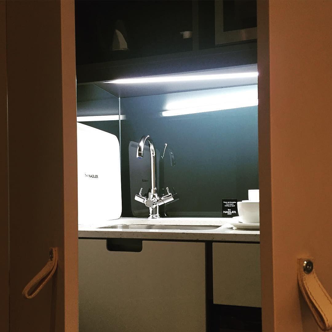 die besten 25 sp lschrank ideen auf pinterest zeitschriftensammler film mit m und ikea. Black Bedroom Furniture Sets. Home Design Ideas