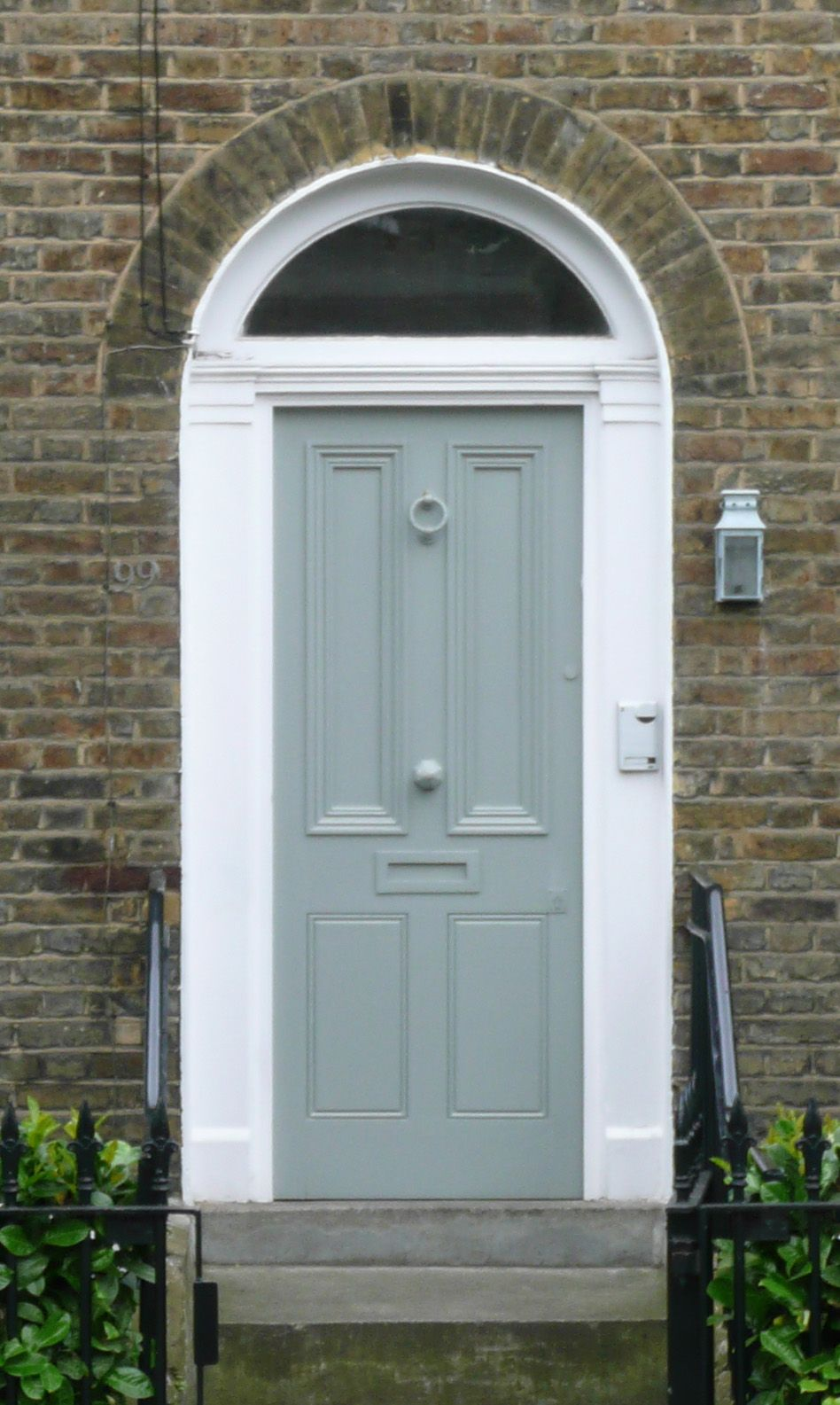 A Ghost Front Door In Islington Perhaps The Owner Should Have