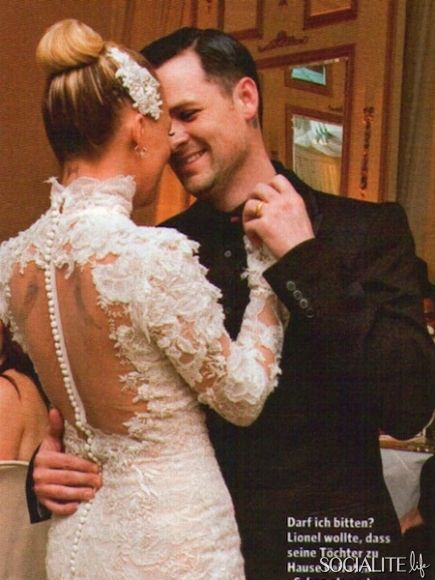 Nicole Richie Wedding dress gorgeous! Love love love the back ...