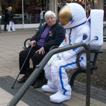 ff4eb01633c astronaut costume tutorial | Adult Halloween Costumes to Make ...
