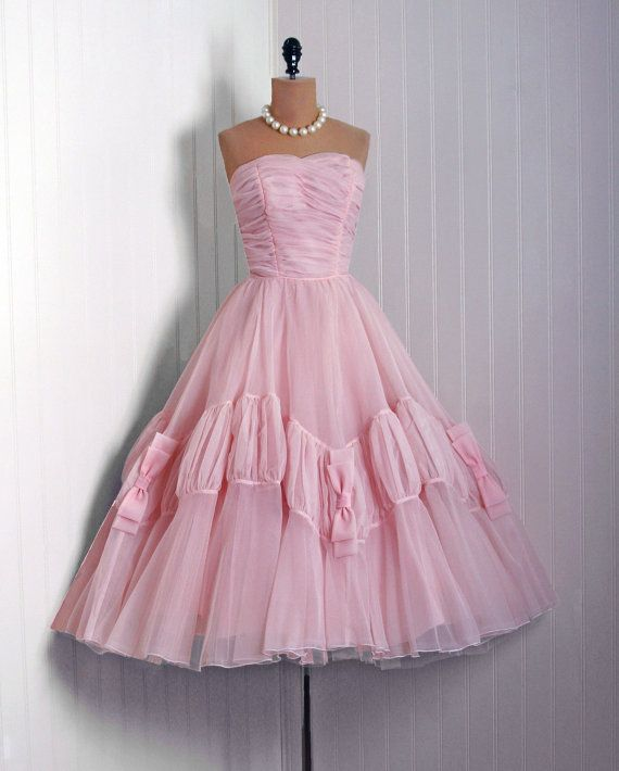 1950\'s Vintage Champange-Pink Ruched Chiffon-Couture Sweetheart ...