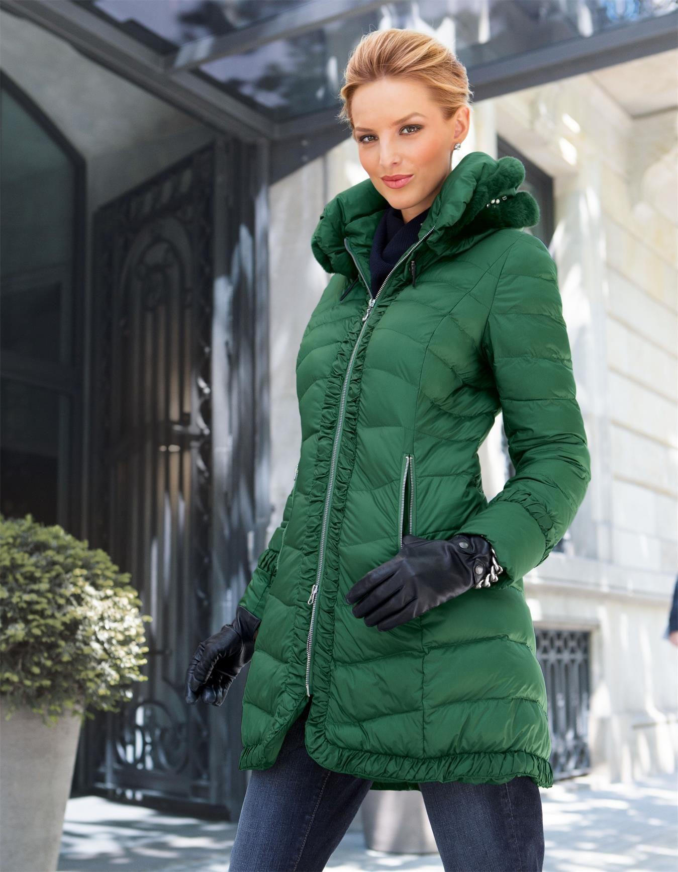 Steppmantel mit Pelz und Strass in der Farbe grün - im MADELEINE ...